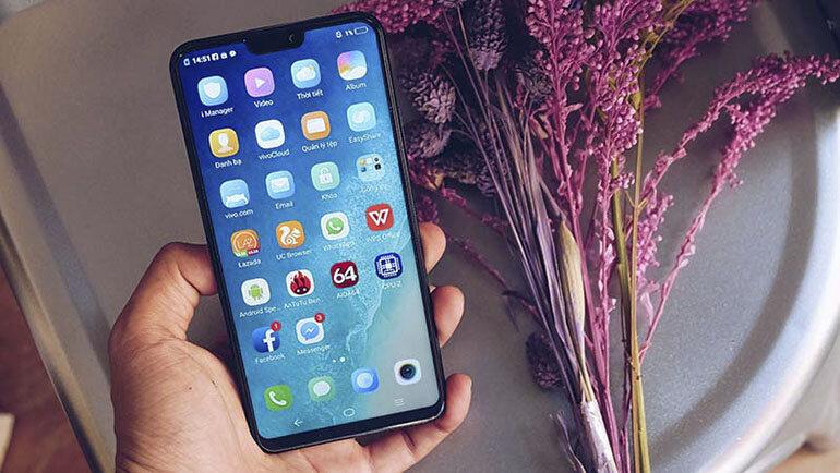Điện thoại Vivo V9 quả thực khiến người dùng ngạc nhiên về ngoại hình bên ngoài của máy đến những chức năng nổi bật ngay cả ở bên trong