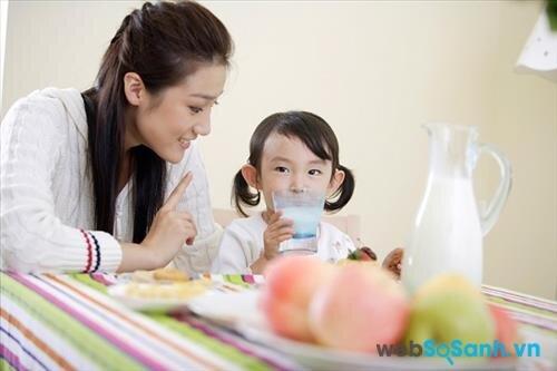 Dielac Optimum Step 4 giúp bé ăn ngon và tiêu hóa tốt hơn