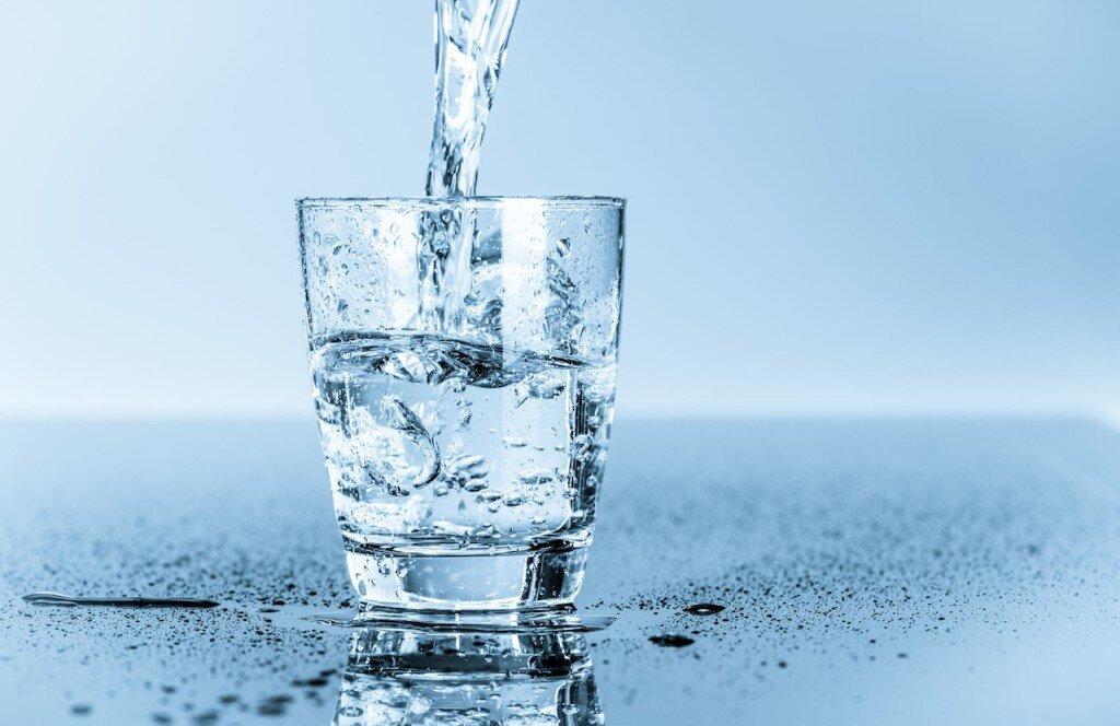 Nước lọc cung cấp các loại khoáng chất cần thiết cho cơ thể giúp cho bạn minh mẫn và tập trung tinh thần trong làm việc cũng như cuộc sống