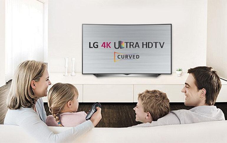 Smart Tivi LED 4K LG 79inch 79UG880T Đen