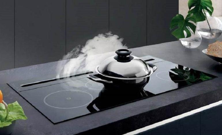 Dùng bếp từ âm có tốt không?
