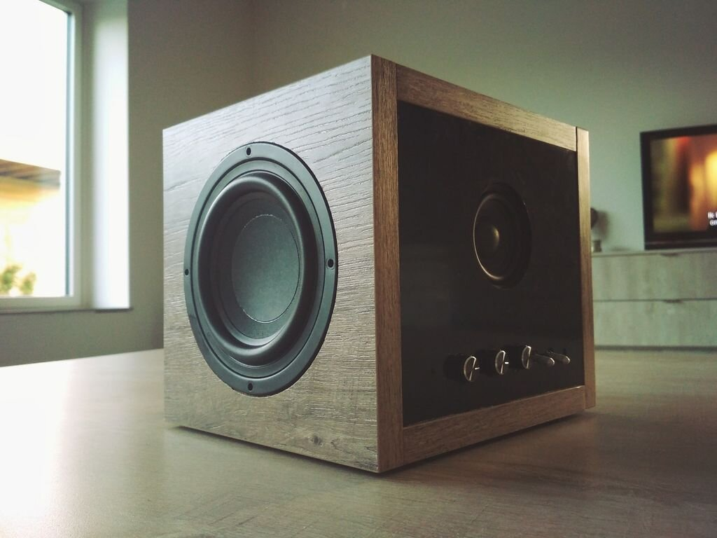 Loa Easy Bluetooth Subwoofer