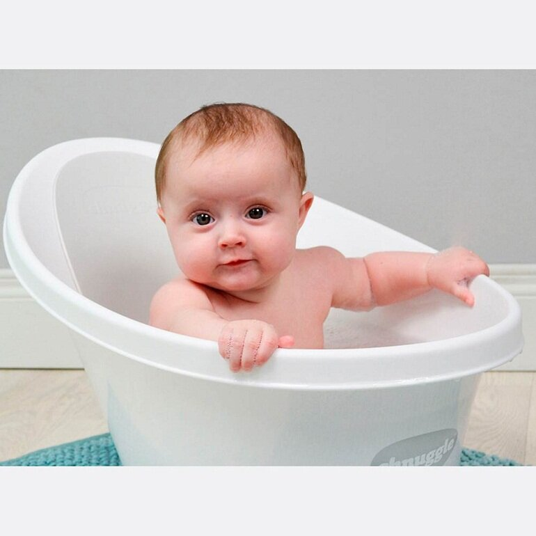 Chậu tắm cho bé có rất nhiều loại khác nhau