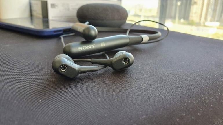 Tai nghe không dây Sony WI-C600N