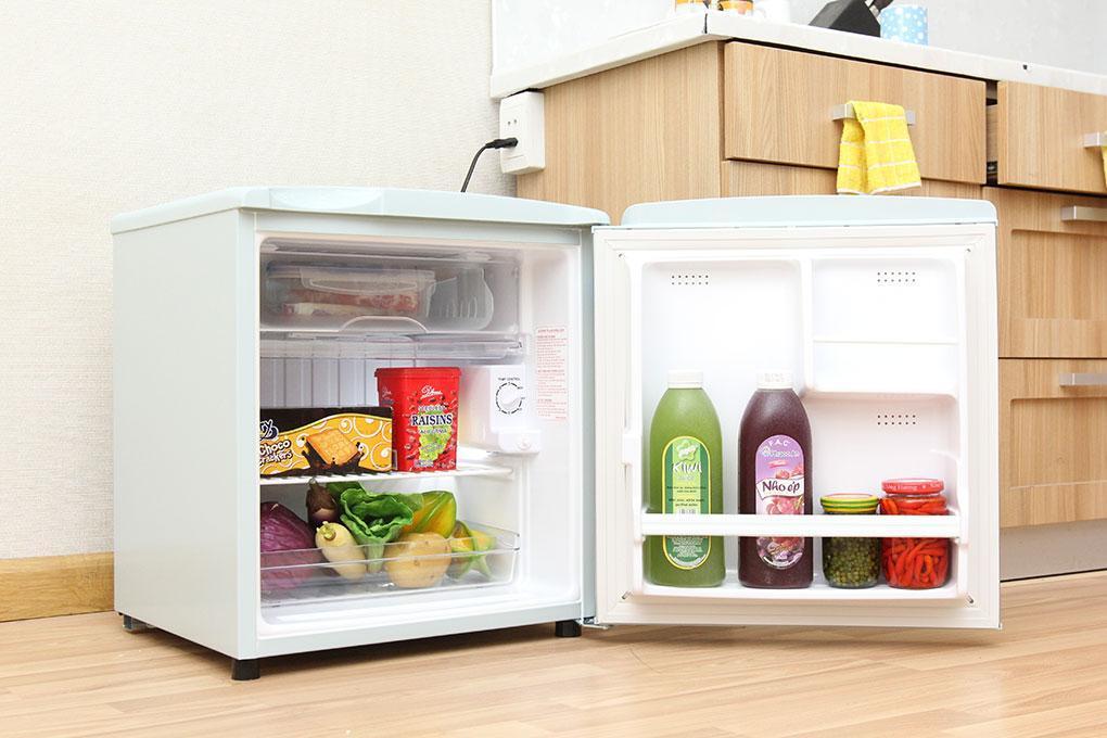 Tủ lạnh mini có thiết kế nhỏ gọn và giá thành rẻ
