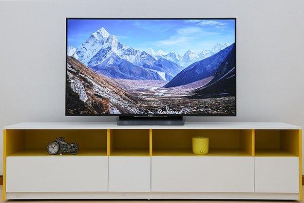 Smart tivi Sony thiết kế tinh tế, sắc sảo trên từng đường nét