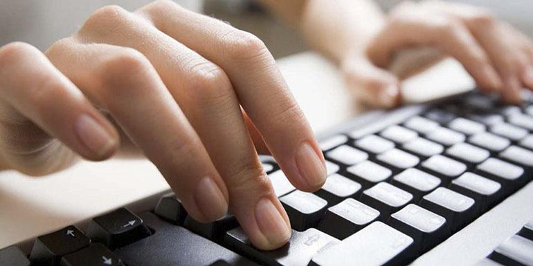Bàn phím máy tính: Thiết bị không thể thiếu của dân văn phòng