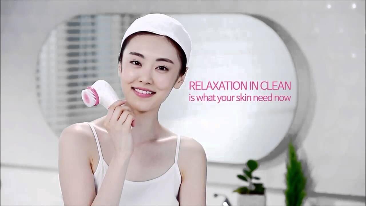 Máy massage mặt nóng lạnh 4D Cleanser