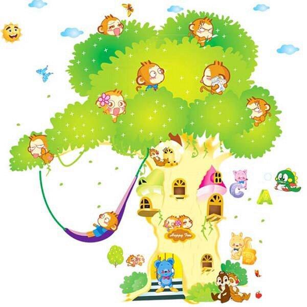 Ngôi nhà trên cây với sự chung sống hòa thuận, vui vẻ của rất nhiều loại động vật như: khỉ, sóc, chim,...