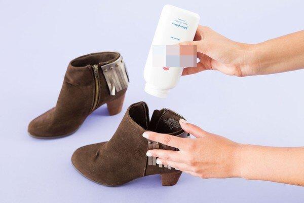 10 cách xử lý khi giày có mùi hôi