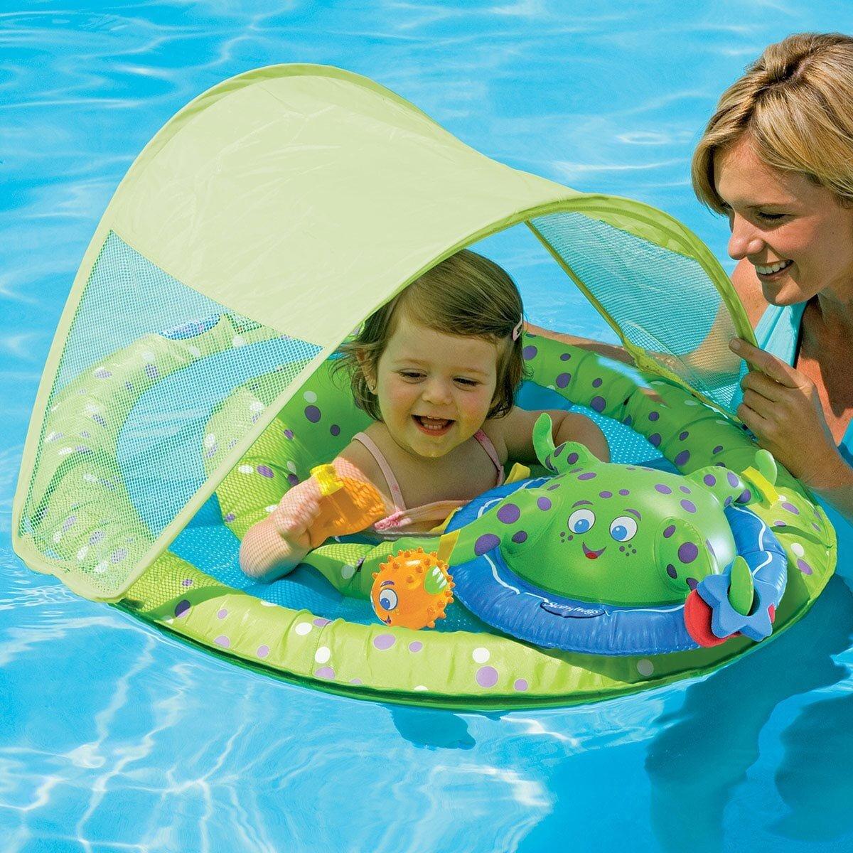 10 đồ dùng mùa hè cần thiết cho trẻ tại hồ bơi hay trên bãi biển