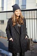 10 kiểu áo khoác len với phụ kiện khiến bạn luôn trẻ trung và ấm áp
