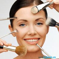 """10 lý do """"đừng hỏi vì sao"""" khiến làn da của bạn càng ngày càng tàn tạ"""