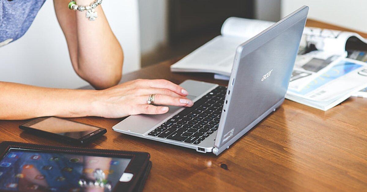 10 mẫu laptop giá rẻ dưới 3 triệu xử lý tác vụ giải trí tốt, chơi được cả game