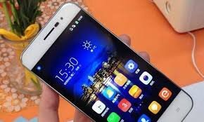 10 mẫu smartphone mỏng nhất hiện nay