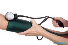10 thực phẩm người cao huyết áp phải tránh xa