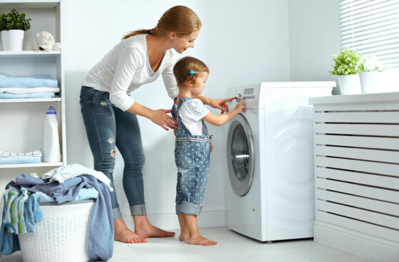 10 tiêu chí so sánh nên mua máy giặt cửa trên hay cửa trước tốt hơn