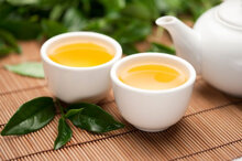 11 lợi ích không ngờ khi bạn uống trà xanh thường xuyên