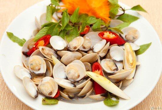 """11 món ăn vặt ngon """"không thể chối từ"""" cho ngày mưa Hà Nội"""