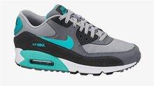 12 đôi giày tập của thương hiệu Nike