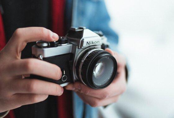 12 máy ảnh mirrorless dưới 15 triệu đáng mua trong năm 2020
