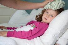 13 cách hạ sốt cho trẻ nhanh nhất mẹ nên biết