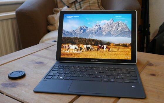 15 laptop màn hình cảm ứng tháo rời 2 in 1 tốt nhất đa nhiệm giá từ 3 triệu đồng