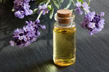 15 loại tinh dầu mọc tóc tốt nhất chữa hói đầu trị rụng tóc hiệu quả