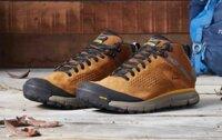 15 mẫu giày đi phượt chống nước trekking đi rừng lội suối giá từ 1,5 triệu đồng