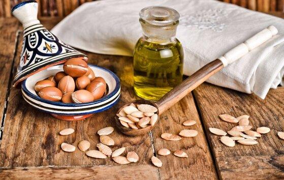 15 tác dụng của tinh dầu Argan trị mụn, dưỡng mi, rạn da sau sinh