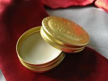 Review son dưỡng môi Skinfood Avocado lip balm