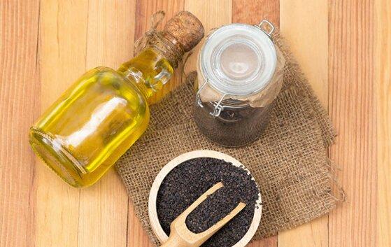 16 tác dụng dầu mè đen cho sức khỏe, sắc đẹp và cách sử dụng