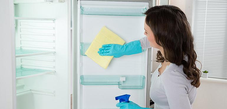 Cần vệ sinh tủ lạnh định thường xuyên