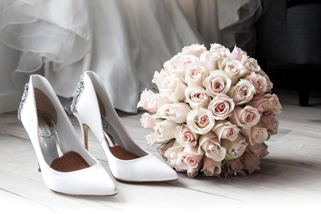 Một đôi giày cưới thoải mái là quan trọng nhất