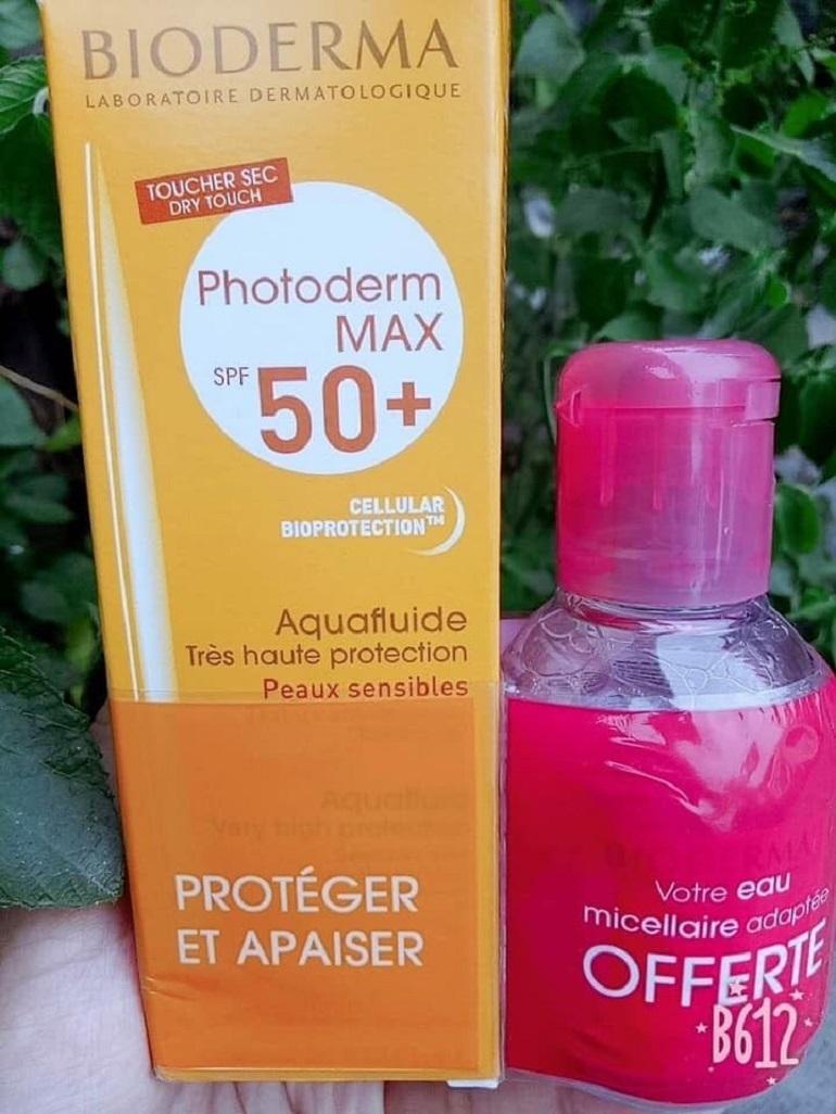 Kem chống nắng Bioderma Photoderm Max Aquafluide SPF 50+