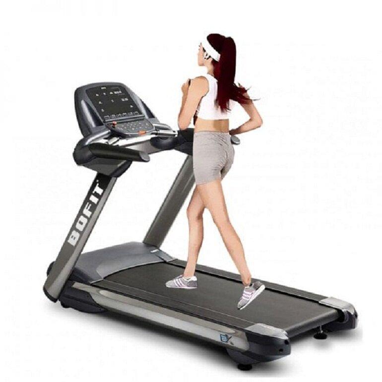 Chạy bộ 30 phút mỗi ngày sẽ giúp cơ thể khỏe mạnh hơn đồng thời phòng ngừa được nhiều bệnh tật nguy hiểm