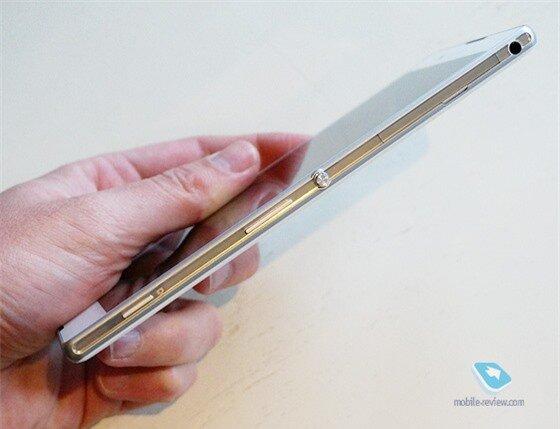 Cận cảnh Sony Xperia T2 Ultra 12