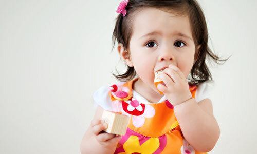 """3 bước đơn giản để bé từ 6 – 12 tháng tăng cân nhanh """"vù vù'"""
