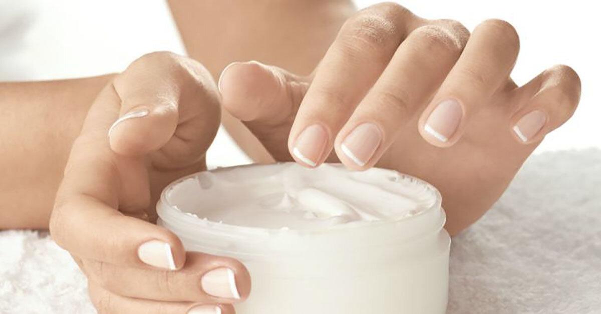 3 công dụng tối ưu của kem dưỡng ẩm mà bạn không thể ngờ tới