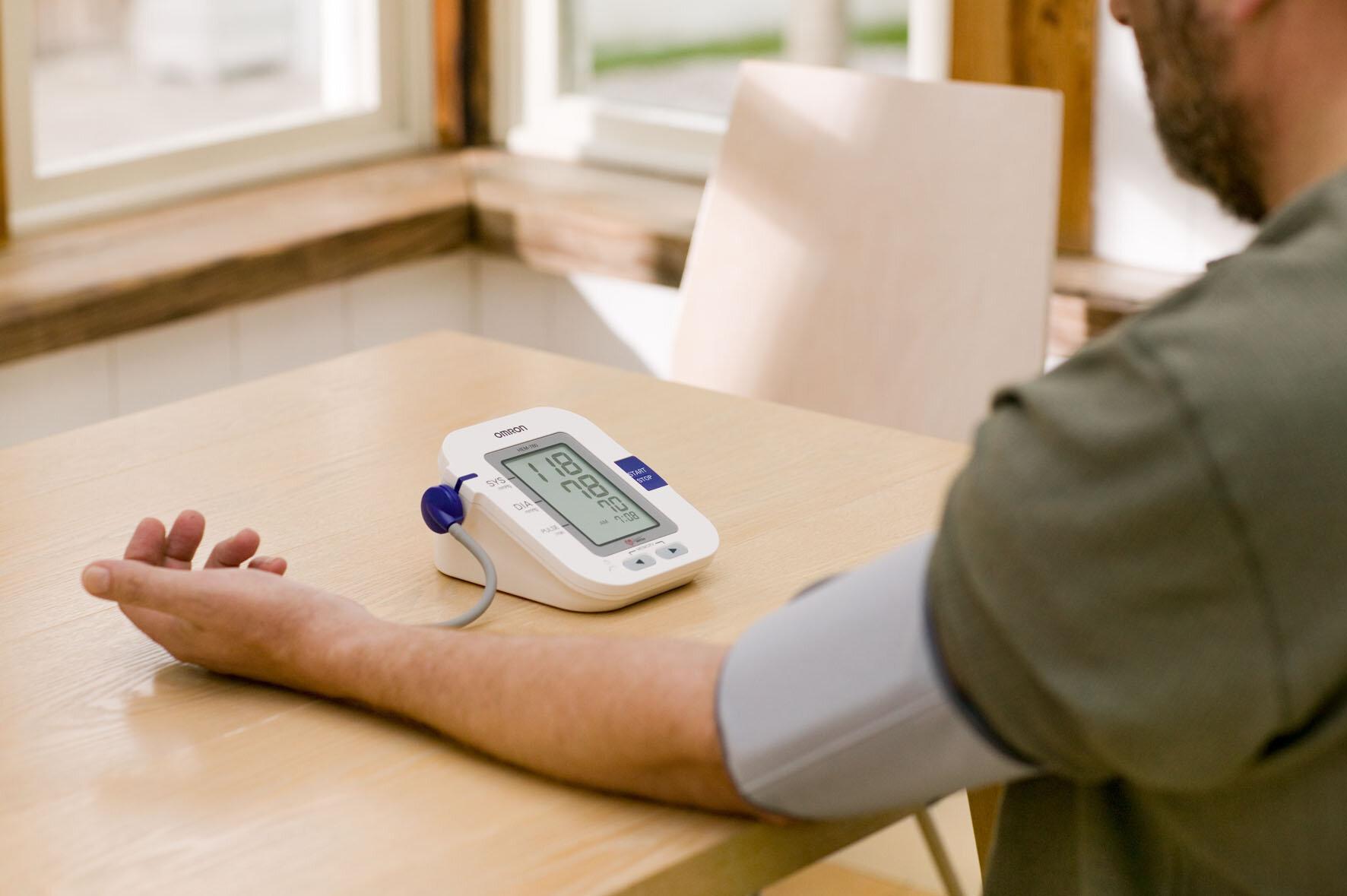 3 lưu ý khi sử dụng máy đo huyết áp điện tử