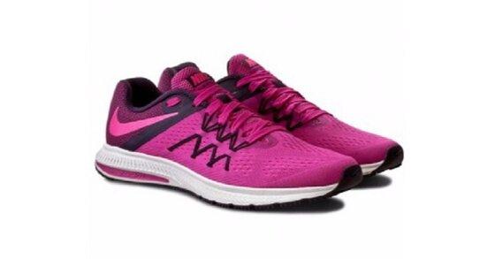 """3 thương hiệu giày thể thao nữ cao cấp """"cool"""" nhất 2020"""