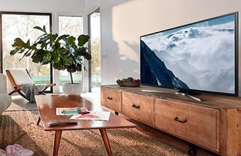 Bạn có thể mua được một chiếc smart tivi 4K màn hình lớn từ 40 inch - 70 inch trong lễ hội siêu giảm giáBlack Firday 2018 ?