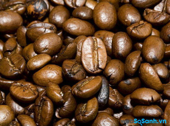 Cà phê Arabica được lên men rồi mới sấy khô, vì thế có vị chua thanh đặc trưng
