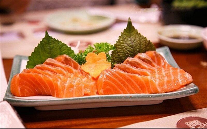 Những chất dinh dưỡng như axit béo, omega-3 mà cá hồi mang đến cho cơ thể rất tốt cho tim mạch và sức khỏe