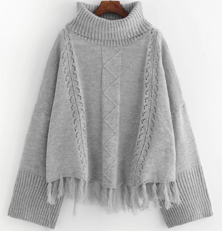 Áo len nữ cổ lọ tua rua