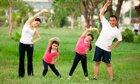 4 bước mẹ có thể giúp bé cao lớn hơn
