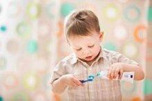 4 cách chọn bàn chải đánh răng cho bé 1-3 tuổi