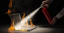 4 cách giảm nhiệt hiệu quả khi laptop bị nóng