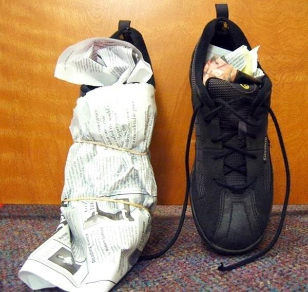 4 cách giúp làm khô giày thể thao nhanh chóng