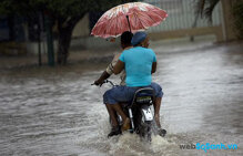 4 điều không thể bỏ qua khi đi xe máy dưới trời mưa